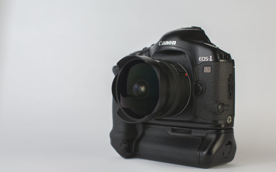 Canon EOS 1V HS Review
